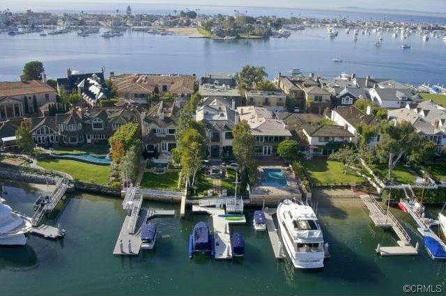 13 Harbor Island In Newport Beach, California