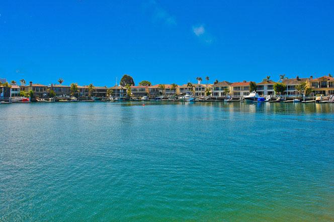 Linda Isle Bayfront Homes | Newport Beach, California