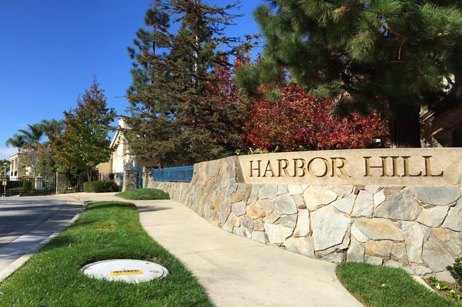Harbor Hill Community in Newport Beach, CA