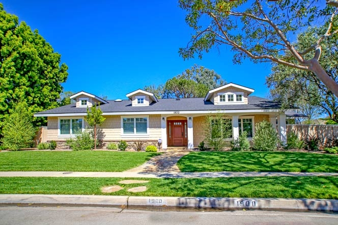 Baycrest Newport Beach Community Homes