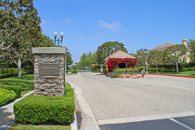 Harbor Cove Gate Community | Newport Beach Real Estate