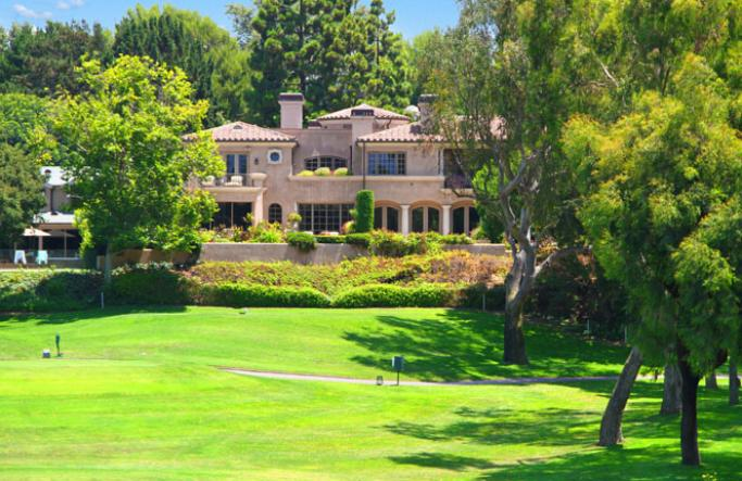 View Golf Front Homes in Newport Beach